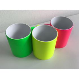 Neon-Tasse