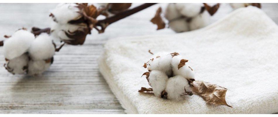 Individuell besticktes Handtuch, Kapuzen-Badetuch, Waschhandschuh, Latz