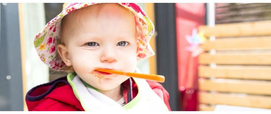 Baby-Latz Klettlatz mit verschiedenen Motiven für  Babys